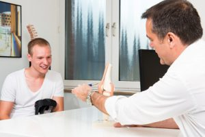 Gerade in Bezug auf entzündliche Gelenkerkrankungen wie Arthrose und Arthritis gibt es bereits einige sehr vielversprechende Studien mit Traubenkern- oder Rindenextrakten.