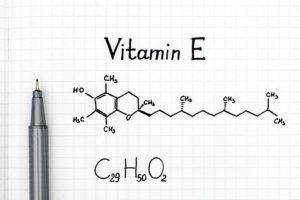 Antioxidantien wie Vitamin E sind wichtig für gesunde Gelenke